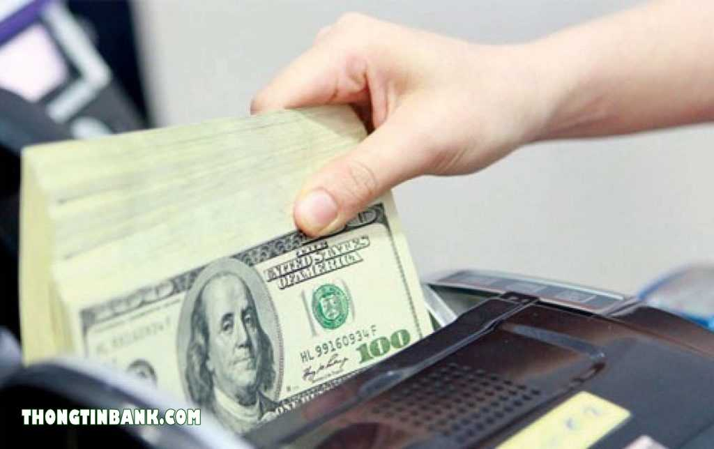 nên gửi USD ở ngân hàng nào