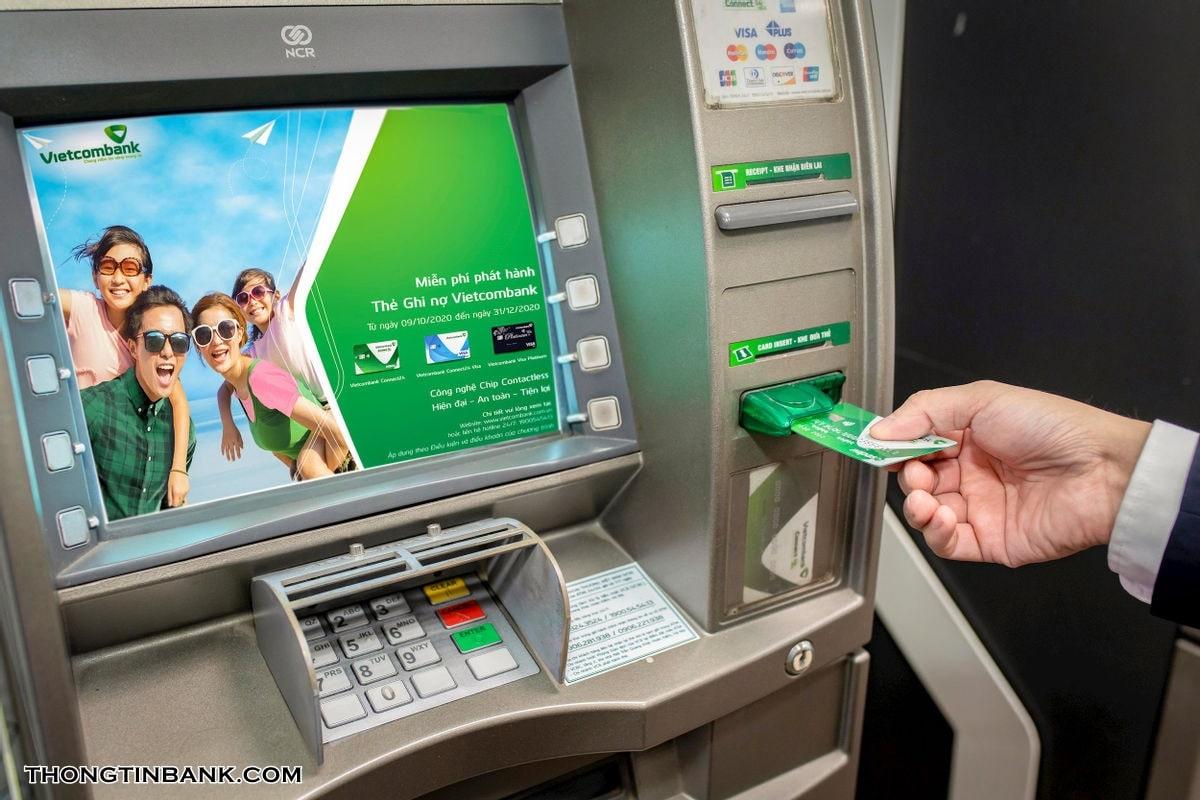 The visa vietcombank rut duoc bao nhieu tien
